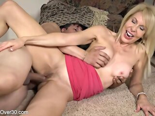 Mature blonde woman, Erica Lauren likes to hook up with younger guys just to fuck them big tits 3movs