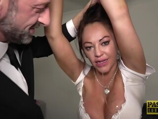 Kinky woman with big boobs, Vickie Powell lets her man play all kinds of sex games bdsm 3movs