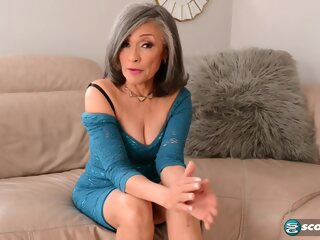 Kokie Del Coco is a mature woman being filled casting 3movs
