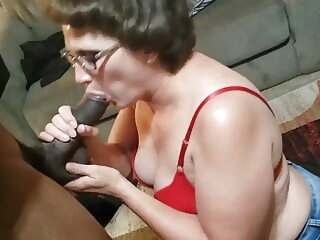 BBC Cocksucking MILF slut Denise blowjob 3movs