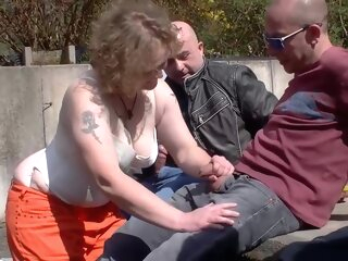 German mature is getting banged in the late afternoon and enjoying every single second of it gangbang 3movs