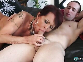 Guy fucks Grandma blowjob 3movs